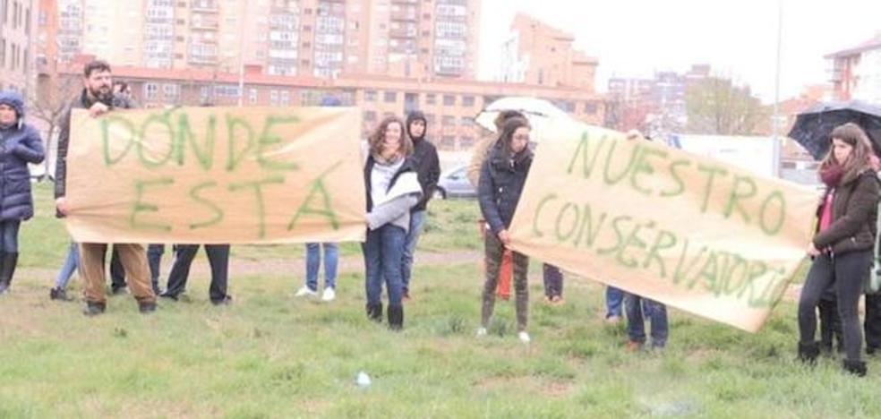 El PSOE califica de «intolerables» las excusas del consejero para no avanzar con el conservatorio