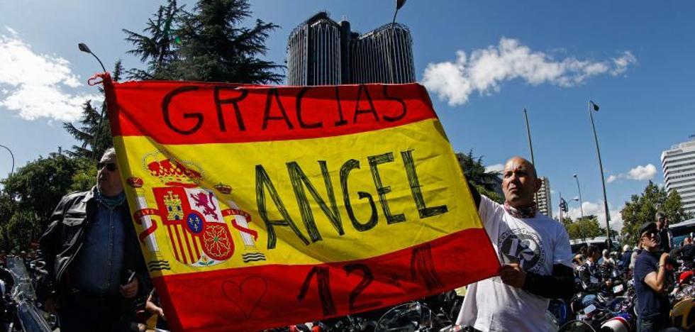Más de 45.000 motos rinden homenaje a Ángel Nieto