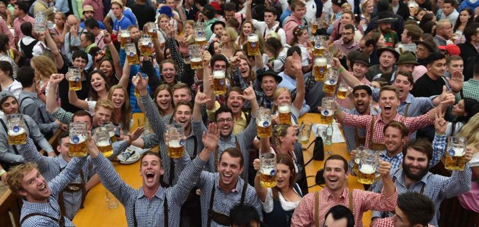 Comienza el Oktoberfest de Múnich con reforzadas medidas de seguridad y nubarrones