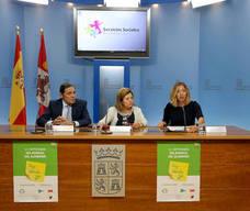 Sanidad prevé ampliar la tarjeta 'Te cuido' a todas las provincias en 2018 tras su inicio en León