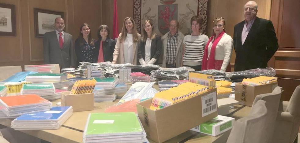 Banco Santander colabora en León con Cruz Roja Española en su proyecto 'Promoción del Éxito Escolar'
