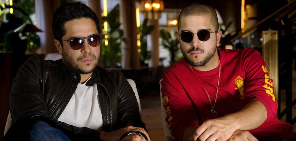 Cali y El Dandee: «El reguetón es el responsable del éxito de la música de habla hispana»