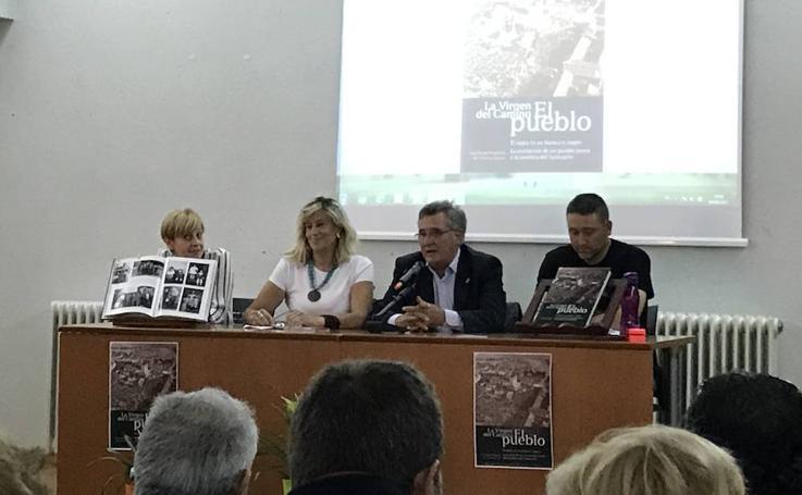 Presentación del libro 'La Virgen del Camino – El Pueblo'
