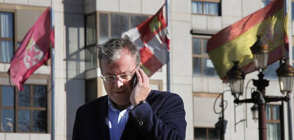 Silván respalda a los alcaldes catalanes que defienden la ley y pide que la FEMP actúe contra los «artífices de actuaciones intimidatorias»