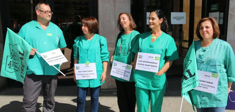 Los veterinarios se encierran para que no les «ninguneen» y lograr los mismos derechos que los sanitarios