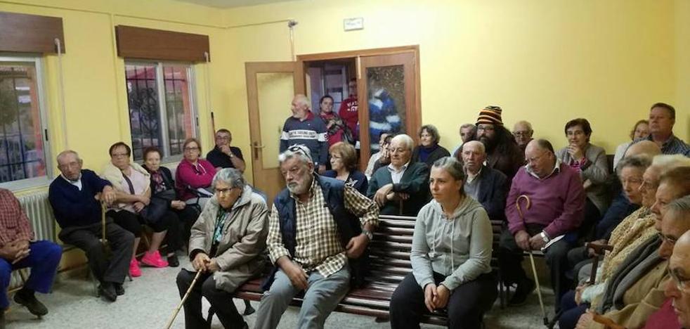 La Plataforma por la sanidad de Astorga y comarcas avanza con la vista puesta en otoño