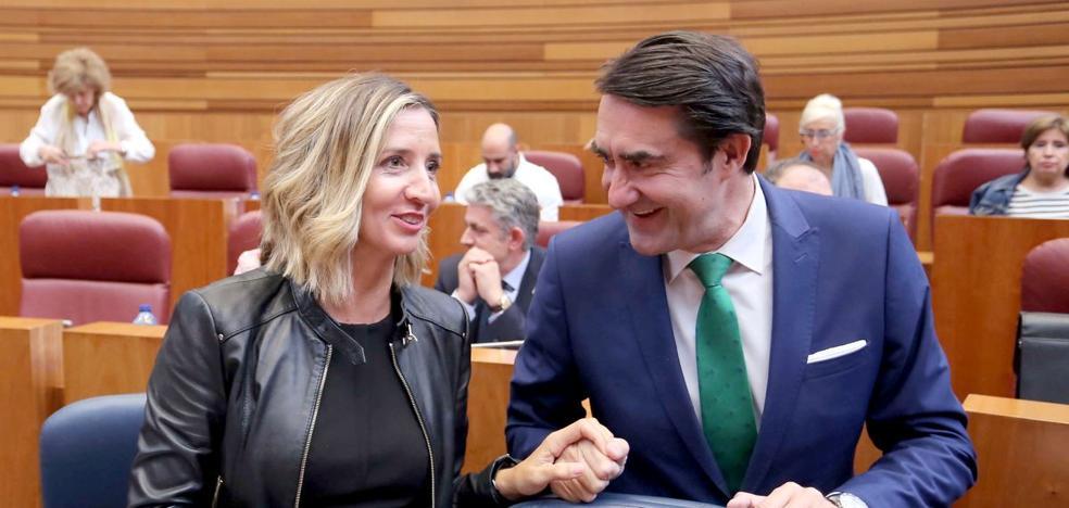 PP, PSOE, Cs y UPL se unen en defensa del marco constitucional y en contra del referéndum catalán