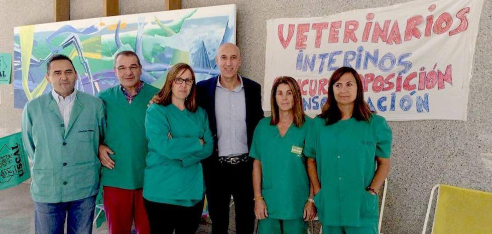 El PSOE reclama a la Junta negociación con los sanitarios encerrados