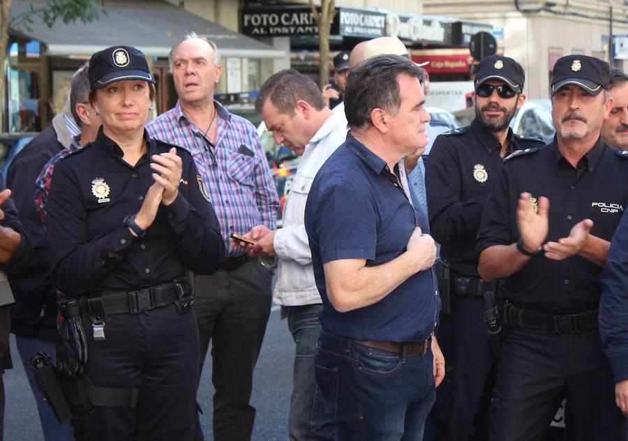 La Policía de León exige contundencia frente al acoso en Cataluña