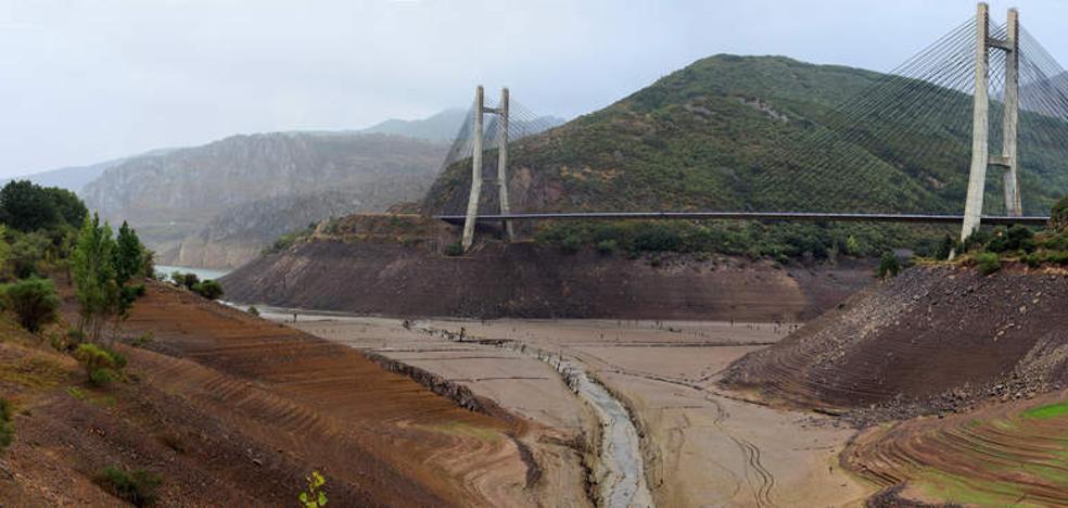 La falta de precipitaciones deja en mínimos históricos a los pantanos leoneses, al 12,1% de su capacidad