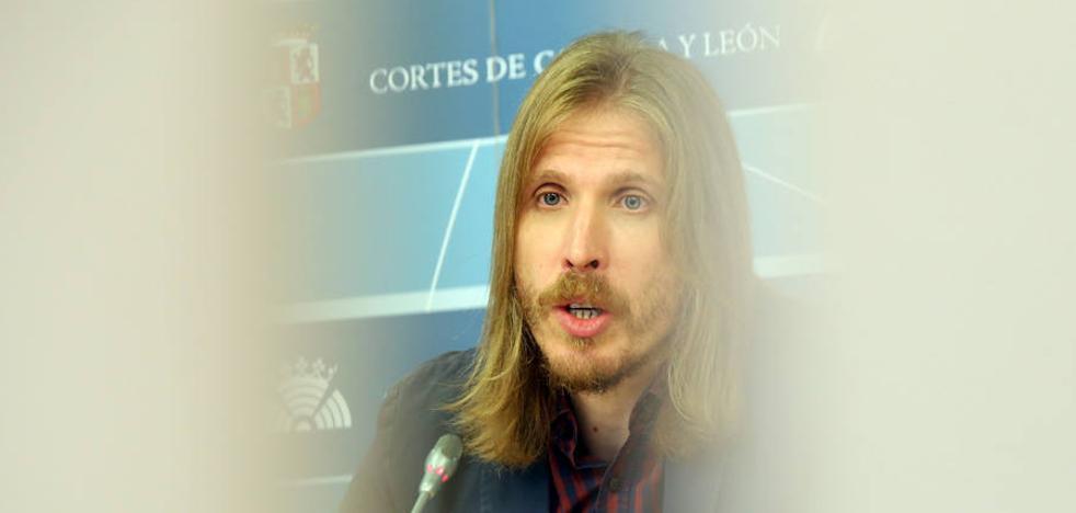 """Pablo Fernández califica de """"astracanada, sainete y engaño"""" el acuerdo de PP y C´s"""