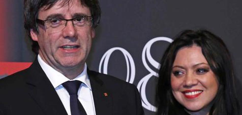 Así es Marcela Topor, la mujer de Carles Puigdemont