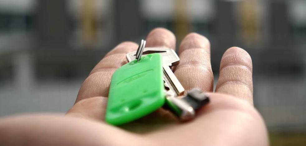 Sólo León registra un descenso en la compraventa de viviendas que se hunde un 8,24% en un año