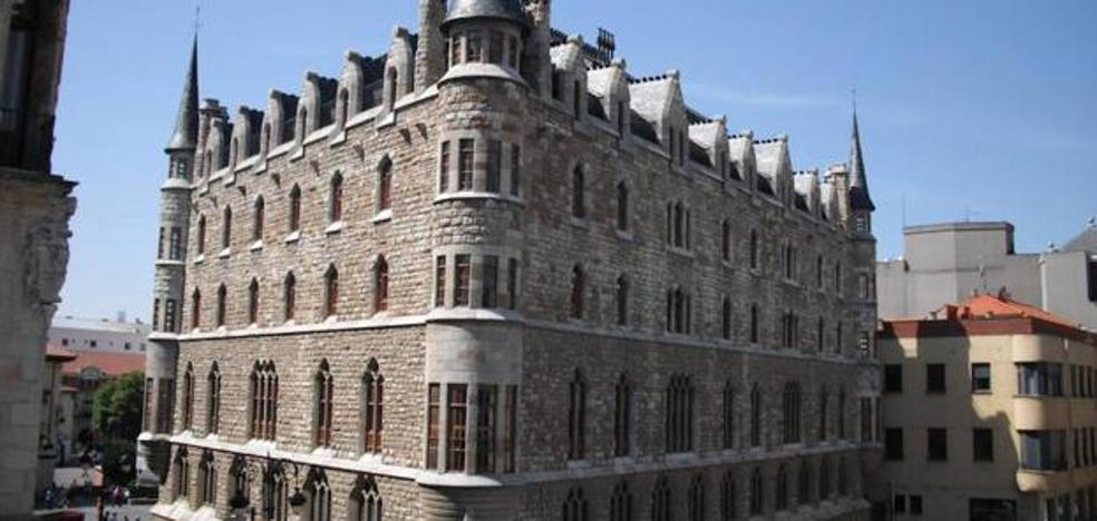 La Casa Botines recibe 80.000 visitas desde que se abriera al público en el mes de abril