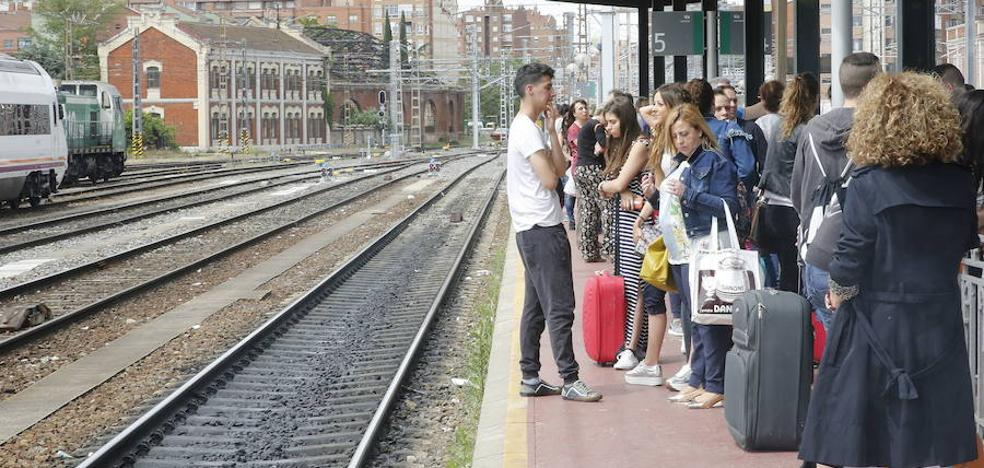 Renfe refuerza con 7.000 plazas extra los trenes de Castilla y León durante el puente