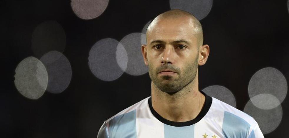 Mascherano baraja su adiós al Barça