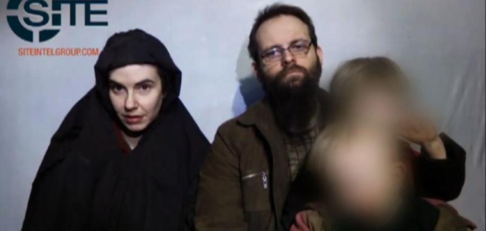La familia norteamericana liberada de los talibanes se niega a subir a un avión de EE UU