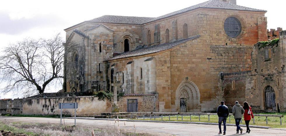 El monasterio de Sandoval se convierte en destino turístico y cita en sólo un mes a 700 personas