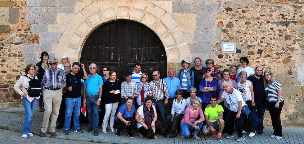 Promonumenta realiza la cuarta etapa del 'Camino Olvidado'