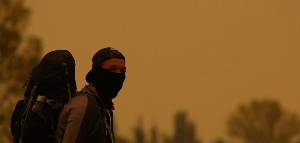 Ponferrada recomienda a los colectivos vulnerables permanecer en casa ante la concentración de humo y cenizas