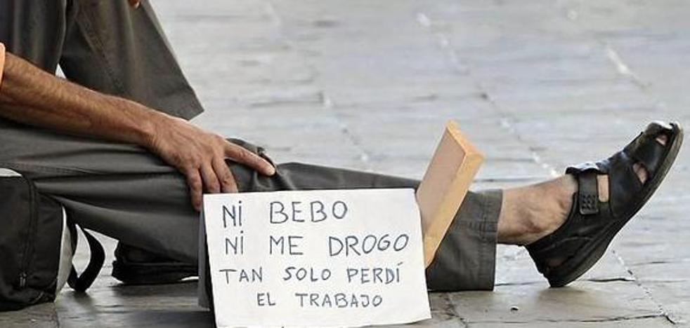 Más de 83.000 personas salen de una situación de pobreza o riesgo de exclusión social en Castilla y León desde 2014