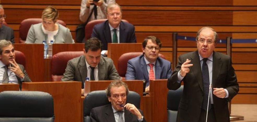 Herrera usa de escudo a Susana Díaz frente a las críticas de Tudanca