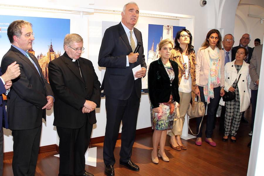 Apertura del III Congreso Mundial sobre Gaudí en Astorga