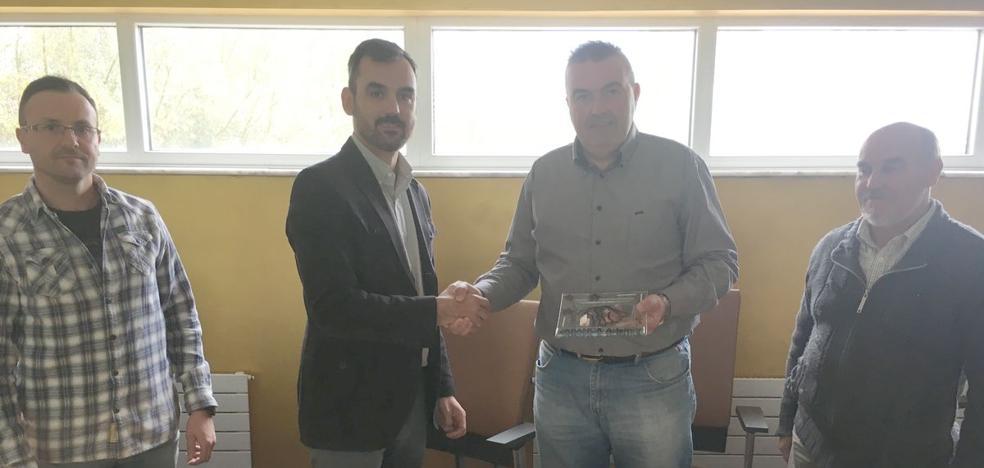 Sariegos y el Abanca Ademar firman un acuerdo para la base