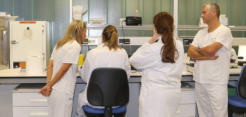 Saéz llevará medidas a las Cortes ante la jubilación del 40% de los médicos en 2022