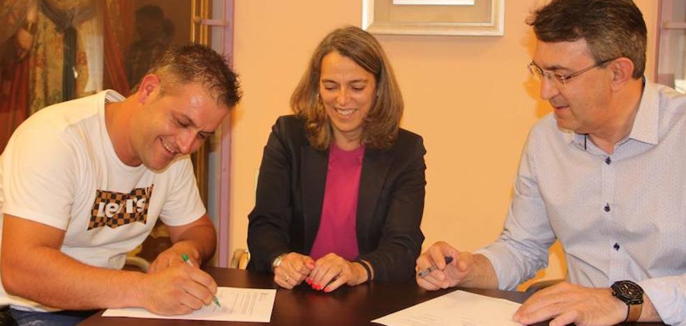 Coyanza firma un convenio con la Junta Agropecuaria Local para el arreglo de caminos