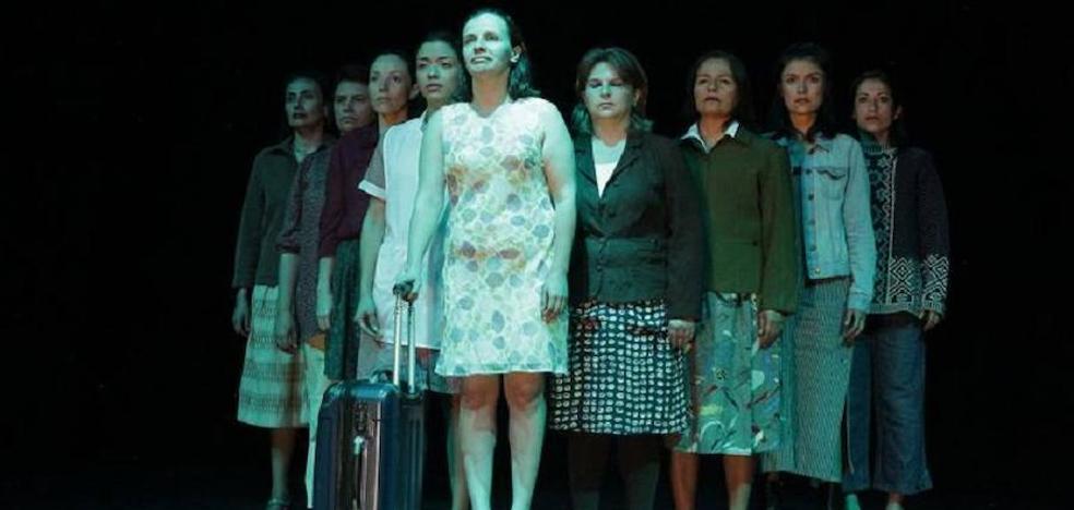 Teatro 'La matria' presenta este sábado en El Albéitar' la obra 'En mitad del océano'