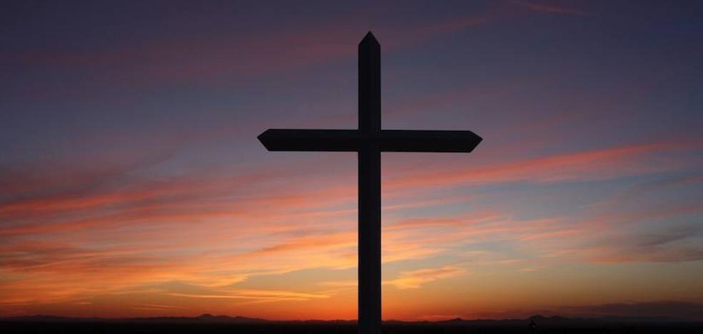 León registra una iniciativa nacional que denuncia la «apropiación masiva» de bienes por parte de la Iglesia
