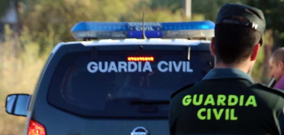 Los Guardias Civiles comisionados en Cataluña piden descansos rotativos al Gobierno