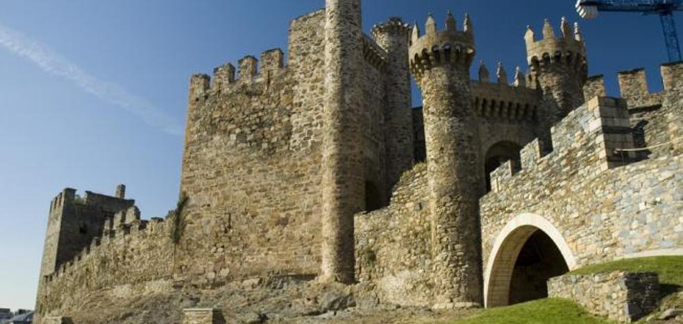 La Orquesta y Coro de la Universidad Autónoma de Madrid visita el Castillo de los Templarios y la Colección Templum Libri