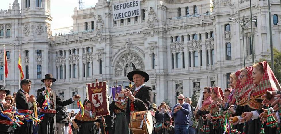 La fiesta de la trashumancia vuelve a Madrid con mucho sabor leonés