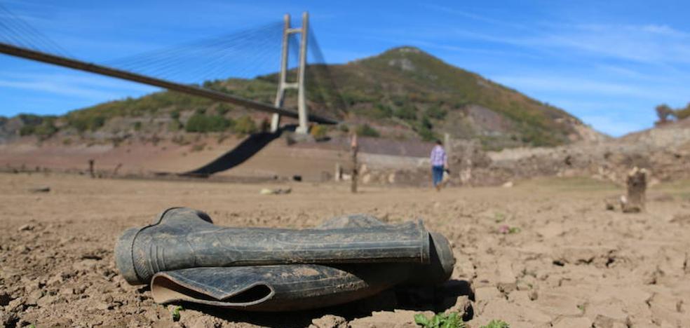 La sequía deja los embalses en mínimos históricos y la CHD no descarta sondeos de urgencia para garantizar el consumo