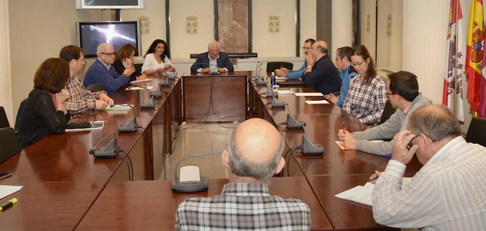 Junta, CHD y Somacyl se reúnen en León para realizar el seguimiento del estado de las masas de agua