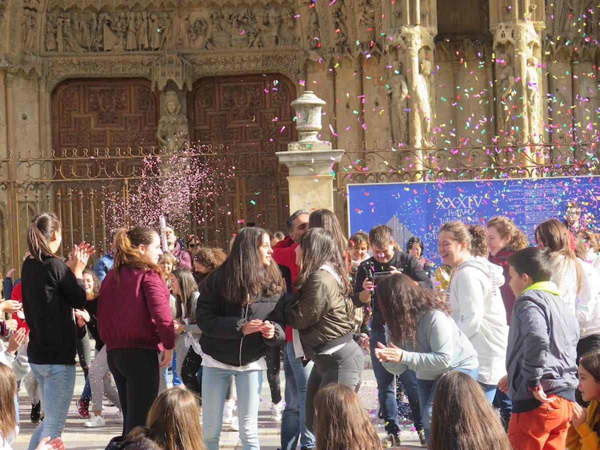 La pedida más especial en la Catedral de León