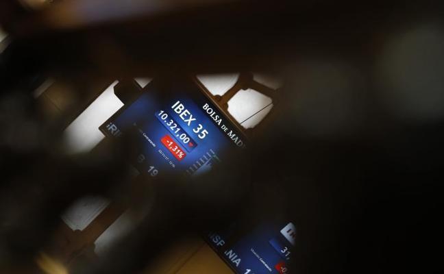 El Ibex encadena cinco sesiones a la baja tras dejarse un 0,83% y perder los 10.300 puntos