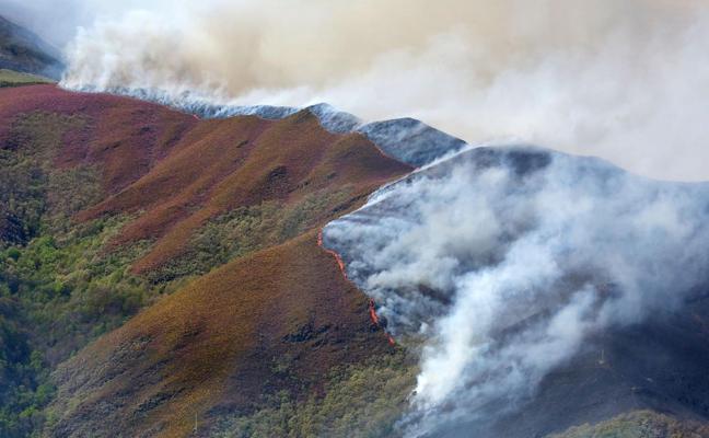 El PSOE exige activar el Fondo de Solidaridad Europeo con los incendios forestales