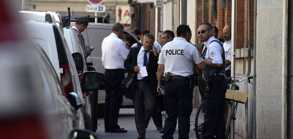Un atropello deliberado causa tres heridos frente a un instituto cerca de Toulouse