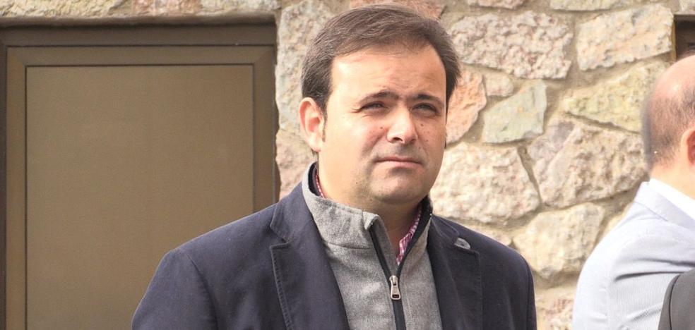 Rodríguez pide a su sucesor independencia y evitar que el PSOE de León «sea una sucursal»