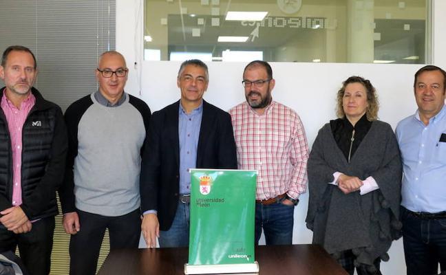 La ULE recibe al nuevo presidente del Cleba