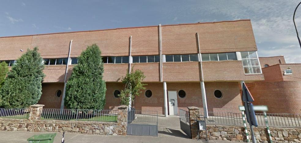 Astorga pretende homologar el pabellón municipal para la práctica de tiro con arco