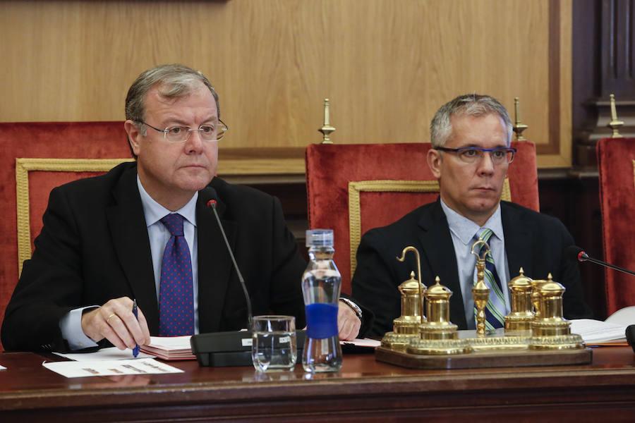 Pleno extraordinario en el Ayuntamiento de León