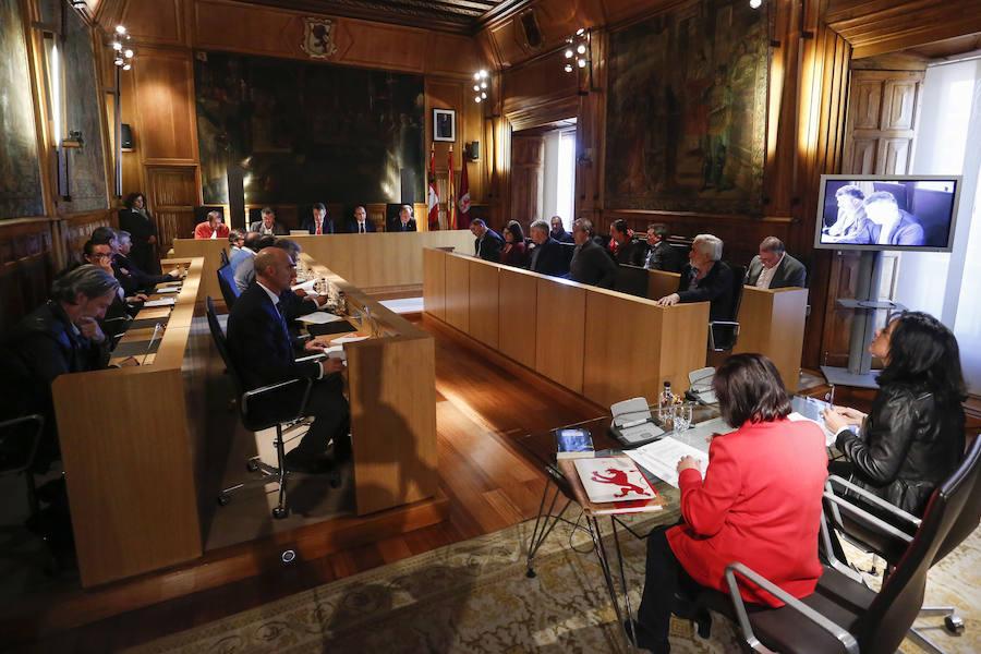 Pleno extraordinario de la Diputación