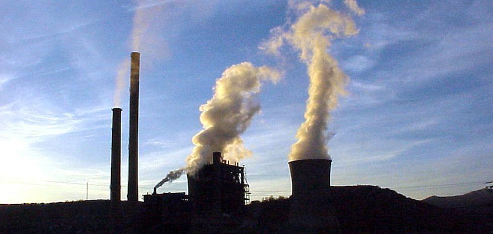 El director de Negocios de Gas Natural asegura que los planes para la térmica de La Robla se centran en que siga operativa
