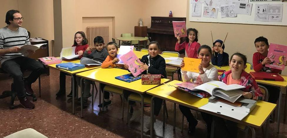 Casi 200 alumnos en la Escuela de Música de Valencia de Don Juan