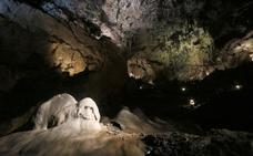 Valporquero, una cueva de récord