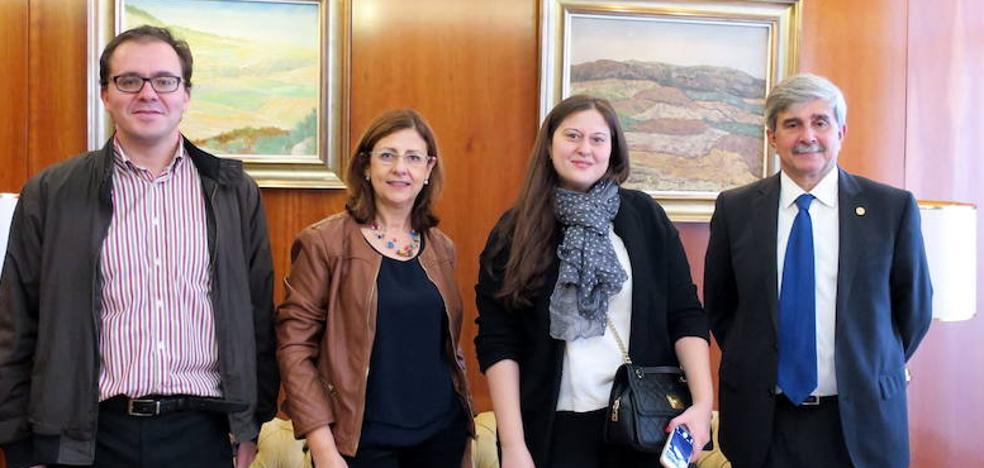 La ULE estudia vías de colaboración con la Universidad Estatal Social de Rusia